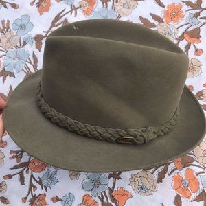 Dobbs Accessories - Dobbs Fifth Avenue New York men's fedora hat